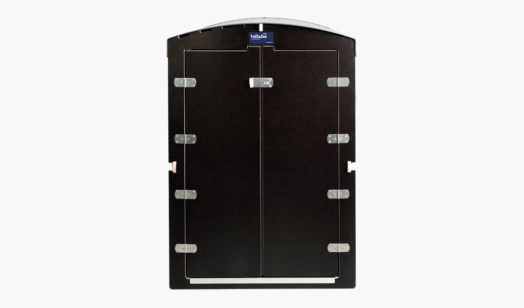 Die rollabo S Frontansicht mit geschlossener Tür - Rollatorbox S
