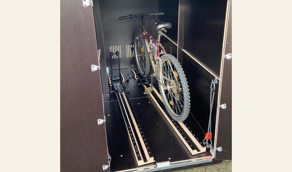 farabo x 2 mit Einfahrtsschienen Detail mit 1 Fahrrad